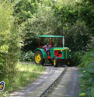 tracteurs pour les petits parc d'attraction en Bretagne