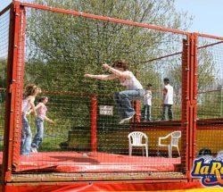 Parc en Bretagne animation pour les petits : trampolines